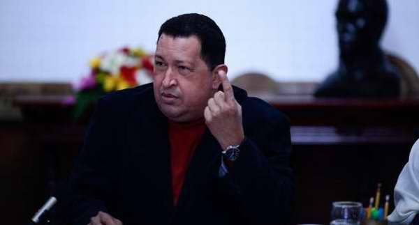Sin socialismo, no hay democracia, afirma Chávez