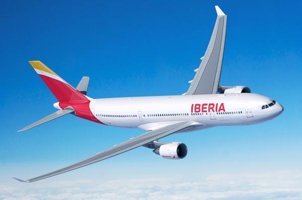 Iberia, 70 años volando a Cuba