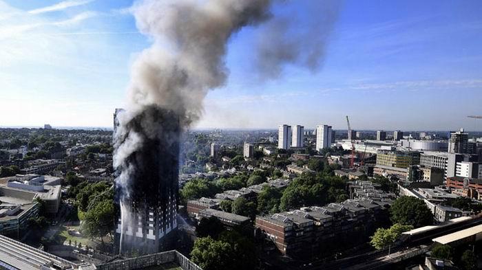 Identifican seis víctimas del incendio en edificio Grenfell
