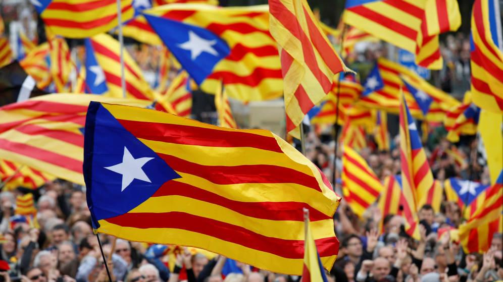 Manifestación masiva en Barcelona a favor de la unidad de España