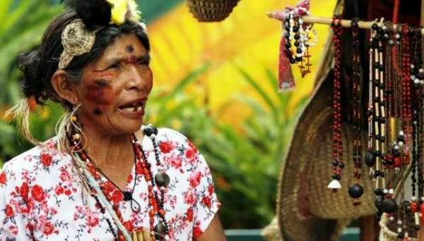 Cada 12 de octubre se celebra en Venezuela, el Día de la Resistencia Indígena, en reconocimiento a la valentía y el coraje de quienes enfrentaron a los conquistadores europeos