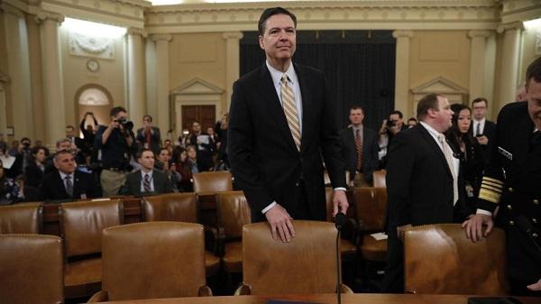 James Comey, director del FBI antes de testificar (Aaron P. Bernstein / Bloomberg)