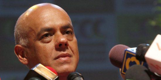Gobierno venezolano envi� solicitud al Vaticano para que se incorpore al di�logo