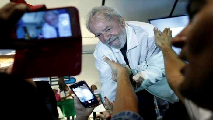 Restituye Tribunal de Brasil a Lula derechos como expresidente