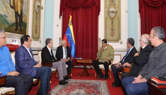 Se reúne Maduro con los acompañantes internacionales del diálogo de paz en Venezuela
