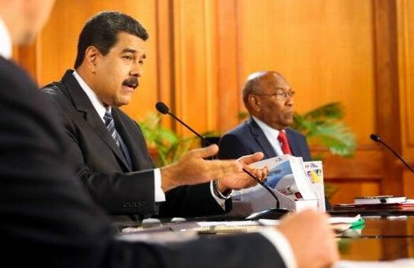 El presidente Nicolás Maduro anunció este domingo un aumento de 50% al salario mínimo y las pensiones en Venezuela