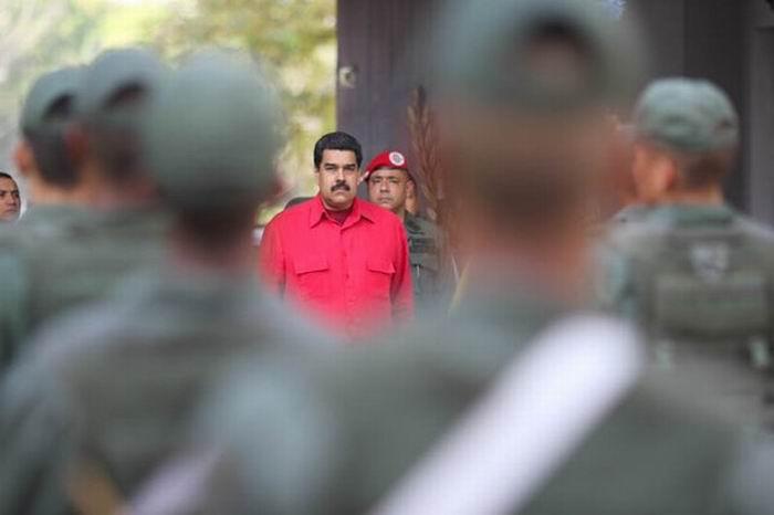Llama Nicol�s Maduro al pueblo a repudiar los actos violentos