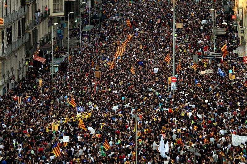 La Justicia suspende el pleno de la independencia en Cataluña