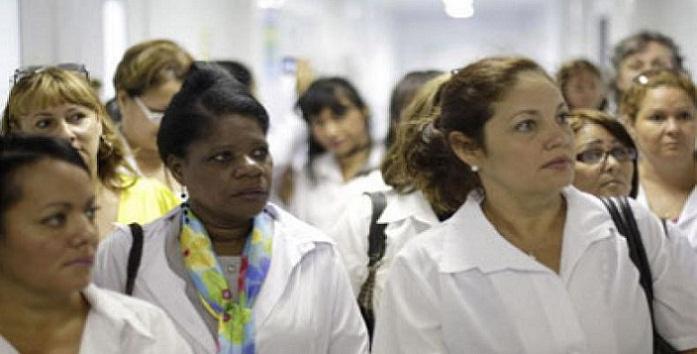 Disposición de médicos cubanos para ayudar a víctimas de sismo en Ecuador