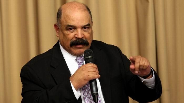 Venezuela: Continúa el cambio de billetes de 100