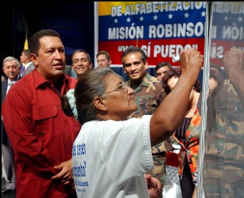 Chávez, precursor de la Misión Robinson