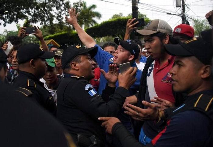Más militares estadounidenses a la frontera con México