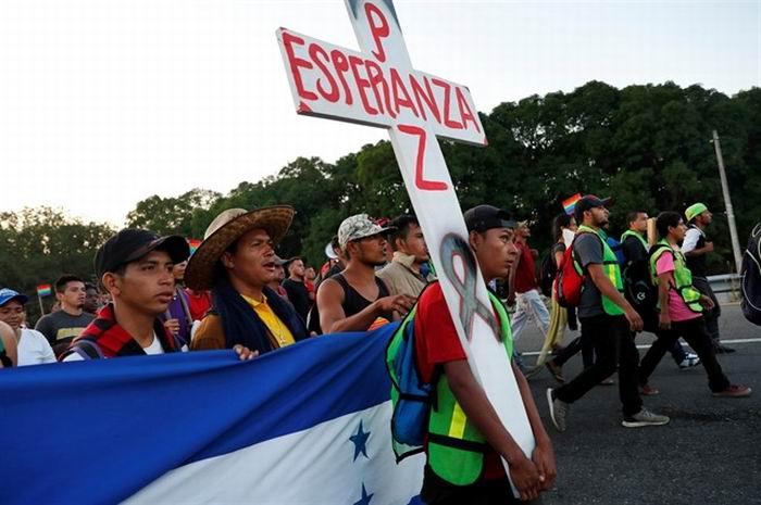 Caravanistas se reunirán con López Obrador en México