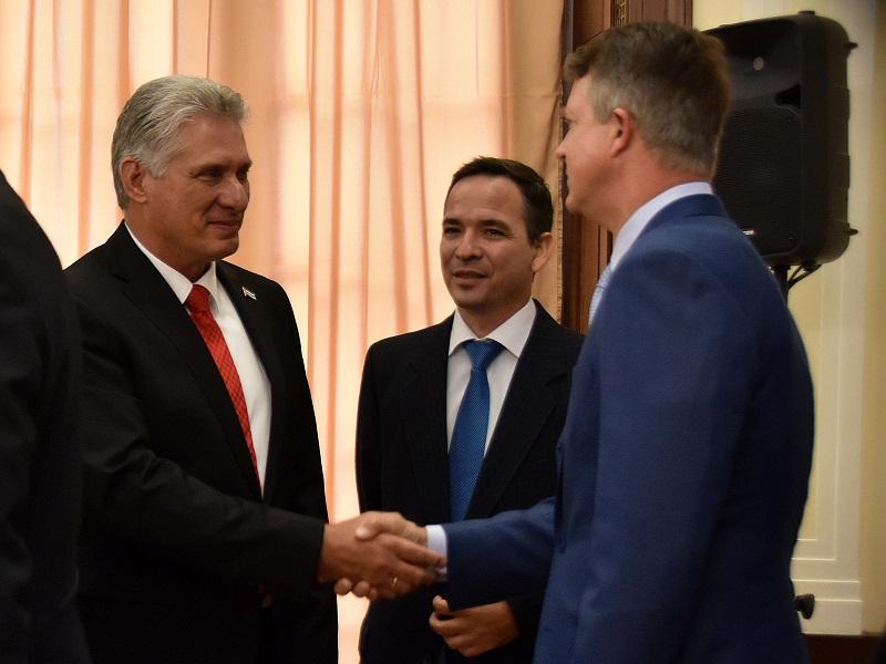El mandatario cubano se refirió además a las prioridades políticas en Cuba, en especial el proceso de Reforma constitucional