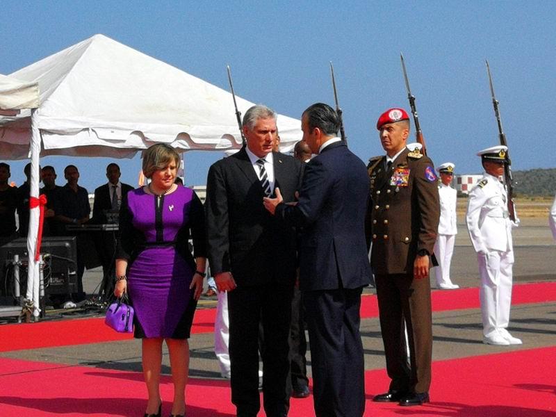 Miguel Díaz-Canel inicia visita oficial a Venezuela