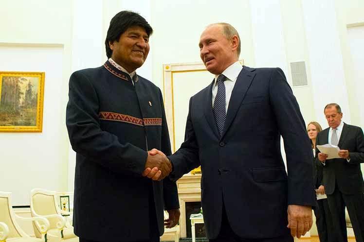 Evo Morales comienza viaje a Rusia
