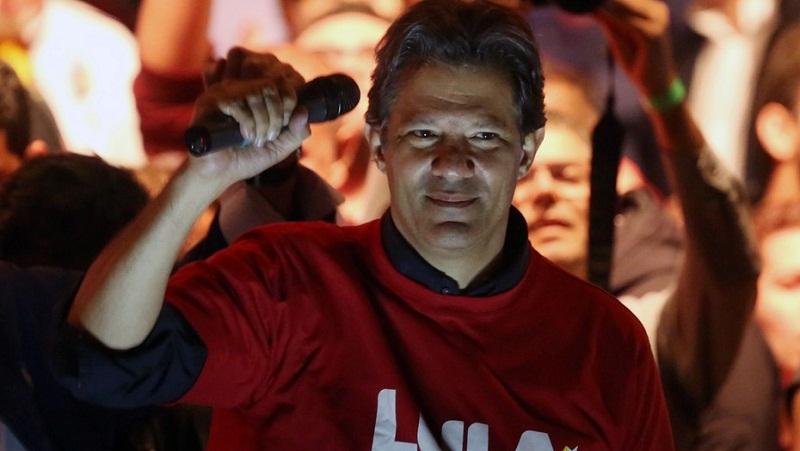 Fernando Haddad como posible candidato del PT de Brasil