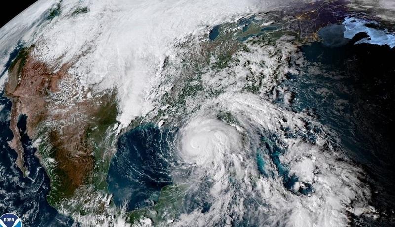 Deja Michael rastro de destrucción en el noreste de la Florida