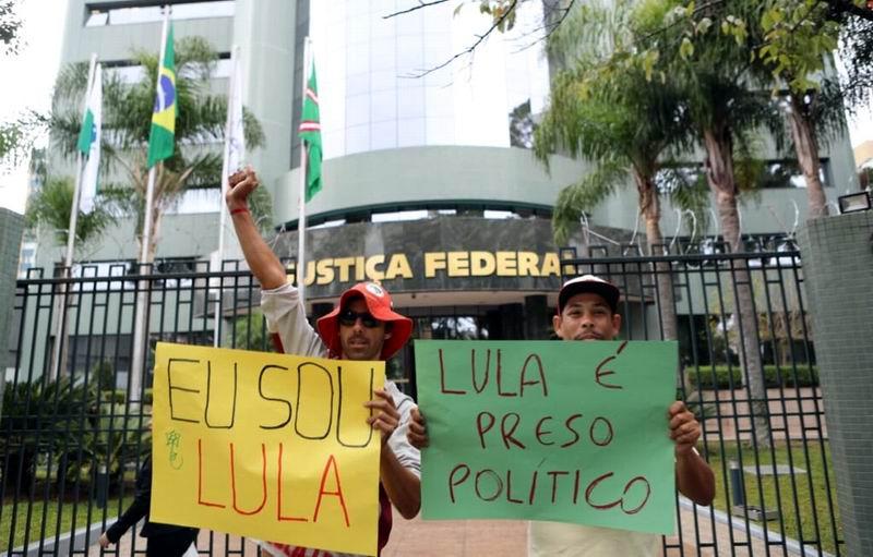 Lula, un mes de preso