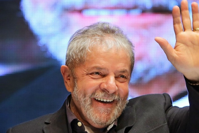 Former Brazilian president Lula da Silva released from prison