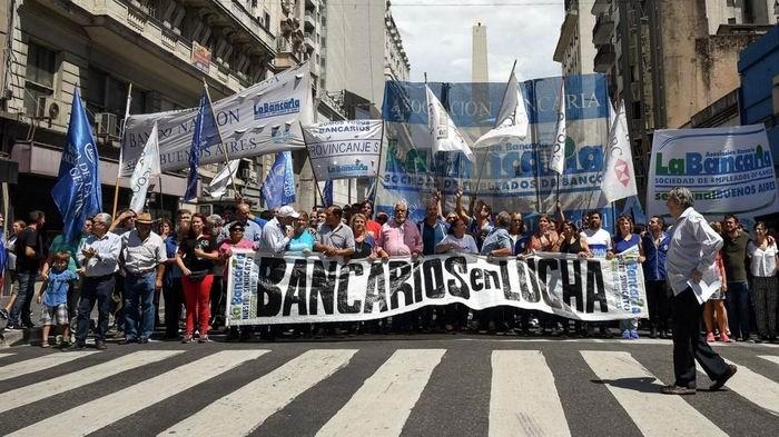 Bancarios protestarán en Argentina