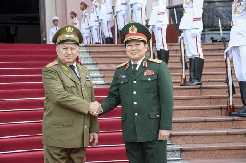 President of Vietnam Receives Minister of Cuban Armed Forces