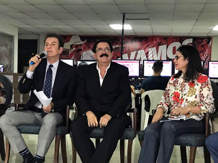 Nasralla, de la formación de izquierda Alianza de Oposición Contra la Dictadura, encabezada por el ex presidente Manuel Zelaya