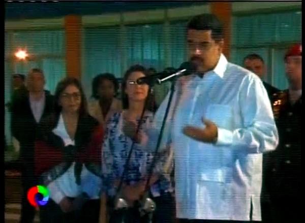 Nicolás Maduro llegó a Cuba para continuar con la diplomacia de paz
