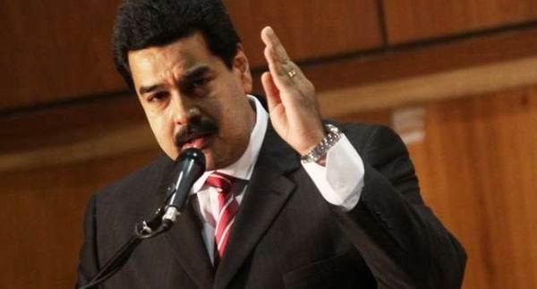 Destaca Maduro carta de Fidel enviada a participantes en Congreso de Democracia
