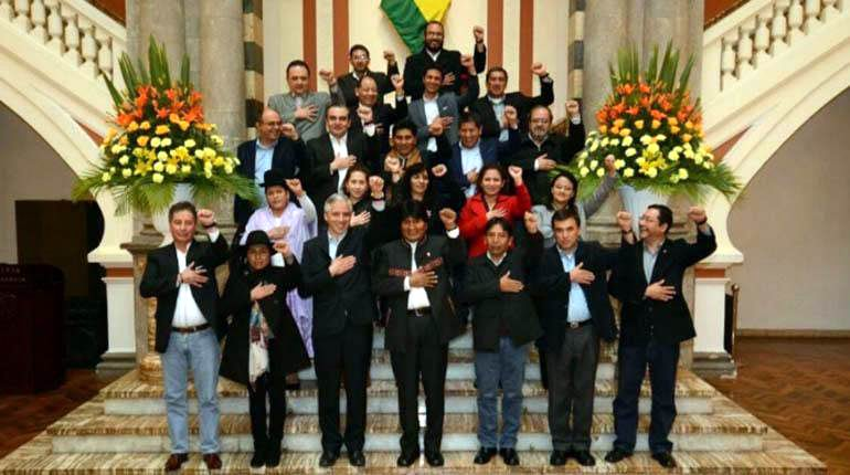 Bolivia estrena gabinete