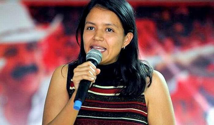 La hija de Berta Cáceres anuncia su candidatura al parlamento.