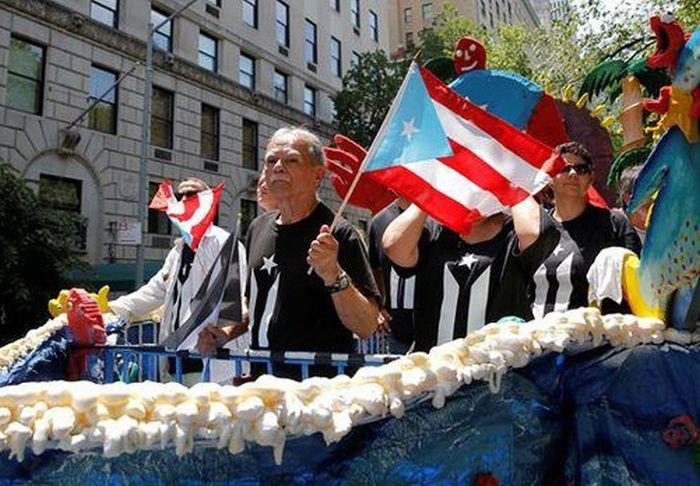 Puerto Rico está bloqueado en el mundo — Oscar López Rivera