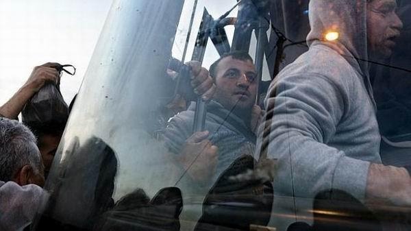 El domingo fue lanzada una línea para transportar a trabajadores palestinos que viajan cada día del norte de Cisjordania a través del paso de control militar de Eyal.