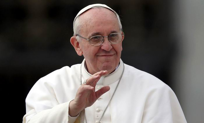 Pope Francis Praises New Relations between Cuba and the U.S.A.