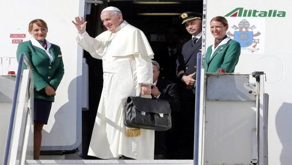 Papa Francisco emprendió viaje a Cuba. Foto: Reuters