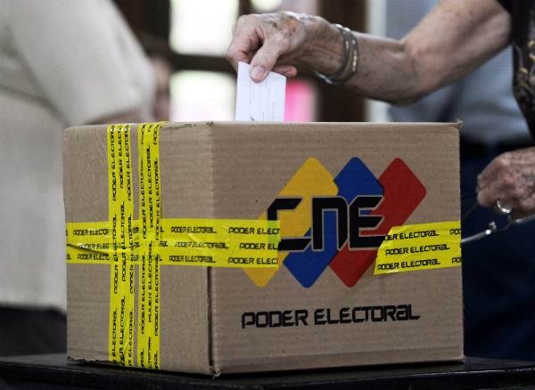 Afinan mecanismos para comicios regionales en Venezuela