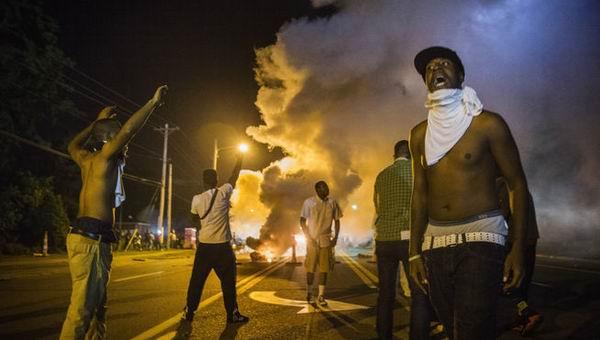 Emergencia en Ferguson, Estados Unidos, por protestas