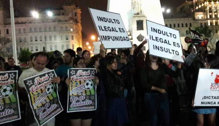 Protestas contra Pedro Pablo Kuczynski por indulto concedido a Alberto Fujimori