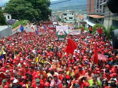 Con un amplio respaldo popular se inscribieron en todos los estados del país, los candidatos del Partido Socialista Unido de Venezuela (PSUV) que aspiran a las gobernaciones, en una contienda electoral históricamente compleja y definitoria para la Revolución bolivariana.