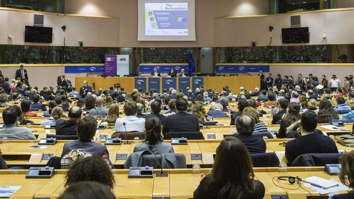Bélgica ofrece asilo político a Puigdemont en caso de persecución