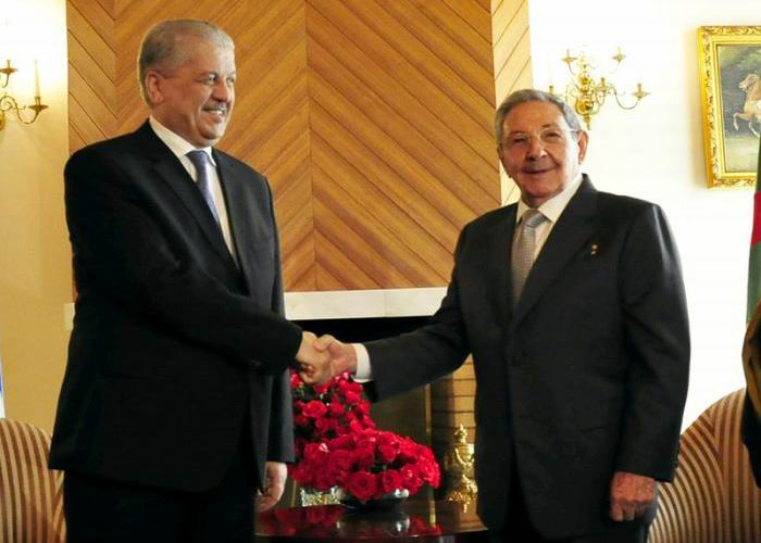 Se re�ne Ra�l Castro con el primer ministro argelino (+Audio)