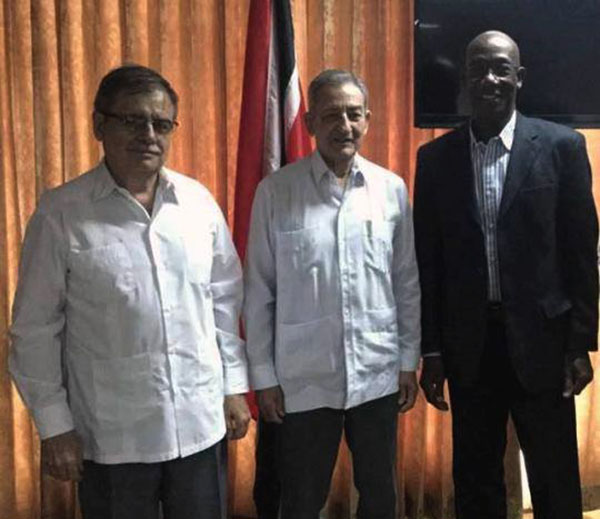 Primer Ministro de Trinidad y Tobago recibe a dirigente partidista cubano