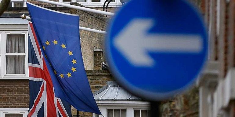 Lanza gobierno británico su último esfuerzo pro BREXIT