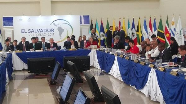 Destaca Bruno Rodríguez respuesta soberana de la CELAC