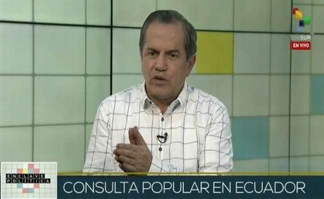 Declara Ricardo Patiño que la consulta popular en Ecuador es inconstitucional