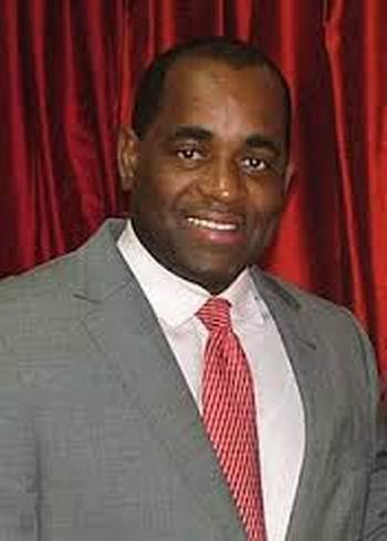 Llegó a Cuba Roosevelt Skerrit, Primer Ministro de la Mancomunidad de Dominica