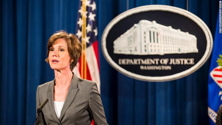 Trump despide a la secretaria de Justicia en funciones