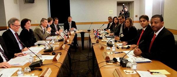 El encuentro tiene lugar en el Salón Marshall, del Departamento de Estado. Foto: Ismael Francisco