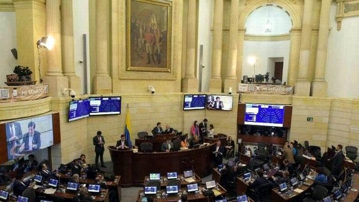 Aprueba Senado colombiano participación política de las FARC-EP (+Audio)