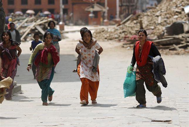 Env�a Unicef ayuda a Nepal para ni�os afectados por sismo